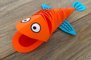 Bunte Fische mit Kindern basteln –</br> einfache Anleitung
