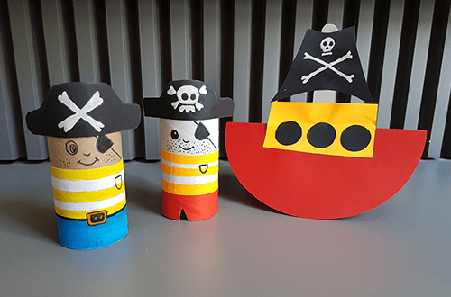 DIY wackelndes Piratenschiff mit Kindern basteln