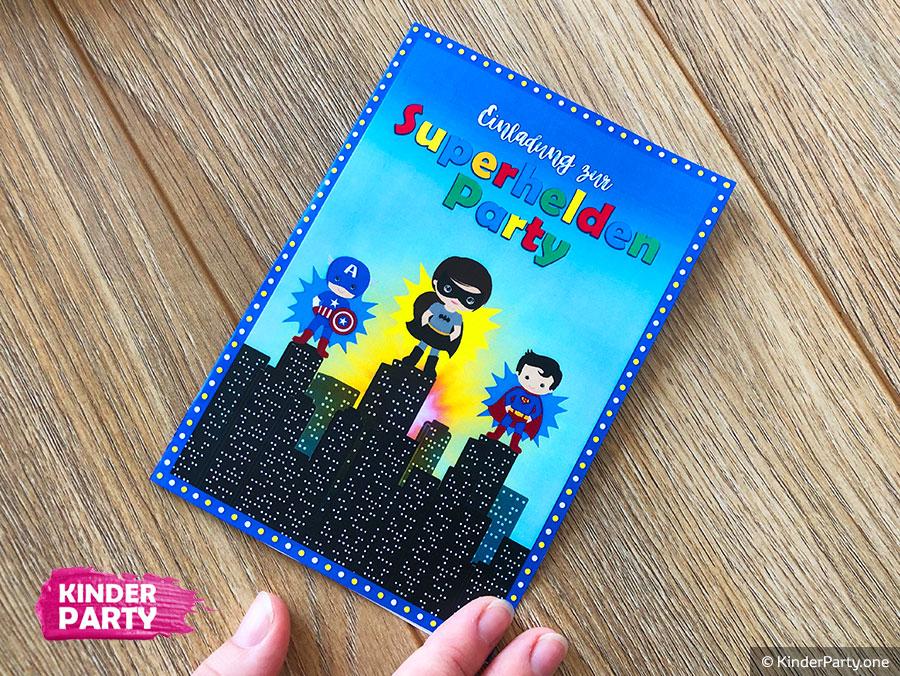 Einladung mit Superhelden zum Kindergeburtstag