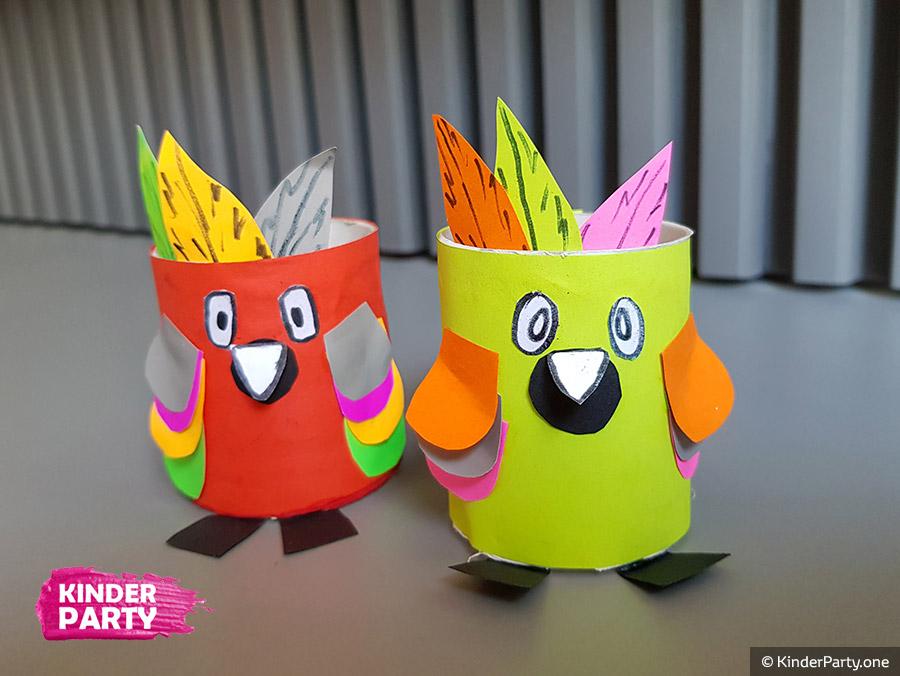 Bastelanleitung für Papagei aus Papier