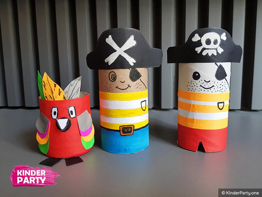 DIY Piraten aus Klopapierrollen